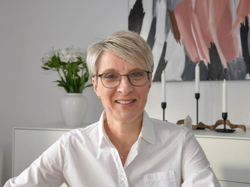 Silvia Müller Ordnungscoach Hof https://www.silviamuellerordnungscoach.de/ silviamuellerordnungscoach@gmail.com  +49 (0) 176 - 95 50 925